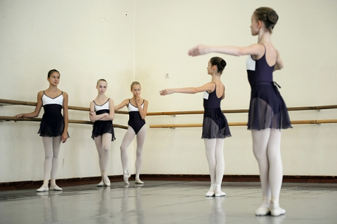 Young students of the Bolshoi Ballet Aca