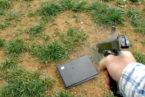 Dad Shoots Daughter's Laptop