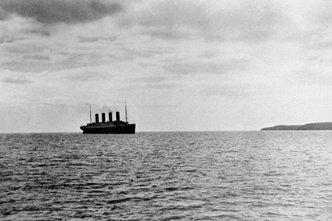 "Shipping Disasters. The ""Titanic"". pic: circa April 12th 1912. The liner ""Titanic"" on her ill-fated voyage silhouetted against Cork Head on the Irish coast. The ""unsinkable"" White Star liner ""Titanic"" sank on it's maiden voyage from Southampton to New Yor"