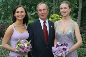 Mayor Bloomberg with his daughters, Georgina, left, and Emma, on the right, in 2005