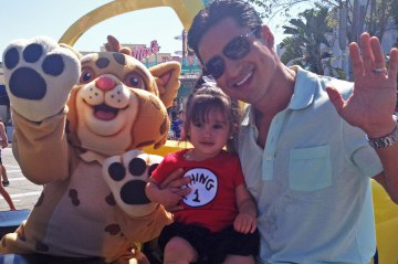 Mario Lopez with his daughter, Gia.