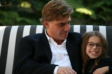 Aaron Sorkin with his daughter, Roxy.